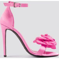 Szpilki: Galore x NA-KD Szpilki z ozdobnymi różami – Pink