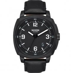 """Zegarek kwarcowy """"Charger"""" w kolorze czarnym. Czarne, analogowe zegarki męskie Nixon, ze stali. W wyprzedaży za 318,95 zł."""