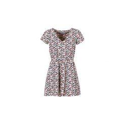 Sukienki krótkie Compania Fantastica  ZAZIA. Szare sukienki mini marki Compañía fantástica, m, z krótkim rękawem. Za 151,20 zł.