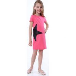 Sukienka z gwiazdą różowa NDZ8245. Czarne sukienki dziewczęce marki Fasardi, m, z dresówki. Za 49,00 zł.