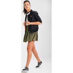 Minispódniczki: Moves KIA Spódnica trapezowa dusty olive green