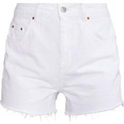 Bermudy damskie: Topshop Szorty jeansowe white