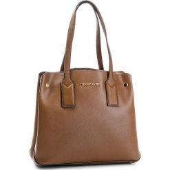 Torebka JENNY FAIRY - RH2026 Taupe. Brązowe torebki klasyczne damskie Jenny Fairy, ze skóry ekologicznej. Za 119,99 zł.