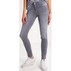 Liu Jo Jeans BOTTOM UP MAGNETIC     Jeansy Slim fit denim grey. Szare boyfriendy damskie Liu Jo Jeans. W wyprzedaży za 535,20 zł.