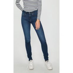 G-Star Raw - Jeansy. Niebieskie jeansy damskie marki G-Star RAW, z bawełny. W wyprzedaży za 539,90 zł.