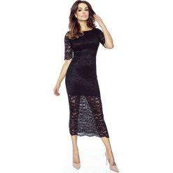Czarna Ołówkowa Sukienka Midi z Koronki. Czarne sukienki koktajlowe Molly.pl, na imprezę, xs, w koronkowe wzory, z koronki, z dekoltem na plecach, z krótkim rękawem, midi, ołówkowe. W wyprzedaży za 136,14 zł.