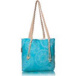 """Torba plażowa """"Lace"""" w kolorze błękitnym - 40 x 50 cm. Niebieskie shopper bag damskie Begonville, z bawełny. W wyprzedaży za 108,95 zł."""