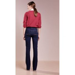 7 for all mankind Jeansy Bootcut indigo. Niebieskie jeansy damskie bootcut 7 for all mankind. W wyprzedaży za 519,35 zł.