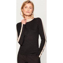 Dopasowany sweter z golfem - Czarny. Czarne golfy damskie Mohito, l. Za 89,99 zł.