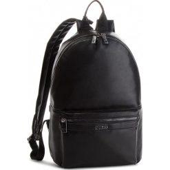 Plecak GUESS - HM6533 POL84 BLA. Czarne plecaki męskie Guess, z aplikacjami, ze skóry ekologicznej. Za 599,00 zł.