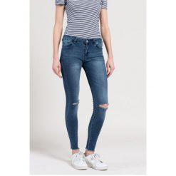 Haily's - Jeansy. Niebieskie jeansy damskie Haily's, z aplikacjami, z bawełny, z obniżonym stanem. W wyprzedaży za 69,90 zł.