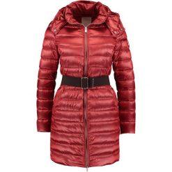 Płaszcze damskie pastelowe: Bomboogie Płaszcz puchowy burgundy
