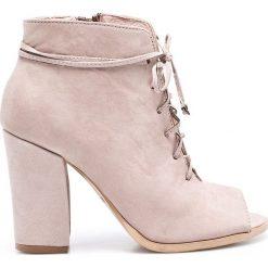 Carinii - Botki. Szare buty zimowe damskie Carinii, z materiału, na obcasie, na sznurówki. W wyprzedaży za 399,90 zł.