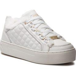 Sneakersy GUESS - FLMET4 LEA12 WHITE. Białe sneakersy damskie marki Guess, z materiału. Za 579,00 zł.