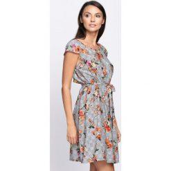 Sukienki: Szaro-Pomarańczowa Sukienka Darkness
