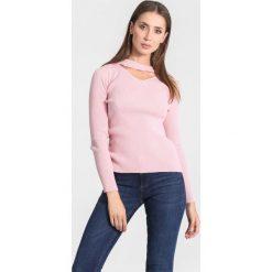 Różowy Sweter Triangle Shape. Czerwone swetry klasyczne damskie other, na jesień, l. Za 49,99 zł.