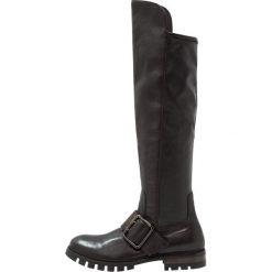Donna Carolina Muszkieterki nero. Czarne buty zimowe damskie Donna Carolina, z materiału. W wyprzedaży za 467,60 zł.