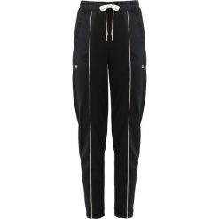 GStar LANC SLIM TRACK PANT Spodnie treningowe black. Czarne bryczesy damskie G-Star, xs, z bawełny. Za 419,00 zł.