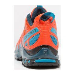 Salomon XA PRO 3D Obuwie do biegania Szlak cherry tomato. Czerwone buty do biegania męskie marki Salomon, z gumy. Za 569,00 zł.