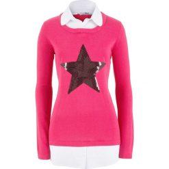 Sweter 2 w 1 z koszulową wstawką, długi rękaw bonprix ciemnoróżowy. Czerwone swetry klasyczne damskie bonprix, z koszulowym kołnierzykiem. Za 119,99 zł.