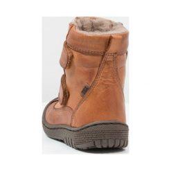 Bisgaard Śniegowce cognac. Brązowe buty zimowe chłopięce Bisgaard, z materiału. W wyprzedaży za 359,20 zł.