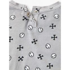 Mango Kids - Top dziecięcy Kittyroc 80-104 cm. Szare bluzki dziewczęce marki Mango Kids, z aplikacjami, z bawełny, z okrągłym kołnierzem, z krótkim rękawem. W wyprzedaży za 29,90 zł.