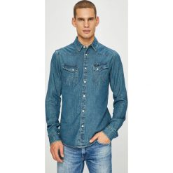 Wrangler - Koszula. Szare koszule męskie jeansowe marki Wrangler, l, z aplikacjami, z klasycznym kołnierzykiem, z długim rękawem. Za 279,90 zł.