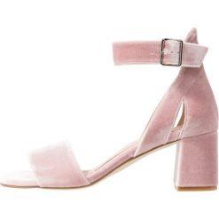 Sandały damskie: Shoe The Bear MAY Sandały pale blush