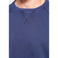 Bejsbolówki męskie: DOCKERS ICONIC CREWNECK Bluza pembroke
