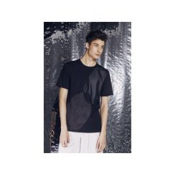 T-shirty męskie: T-shirt z aplikacjami z ekologicznego zamszu i skóry |CZARNY|