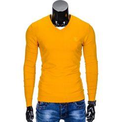 Swetry klasyczne męskie: SWETER MĘSKI E74 – ŻÓŁTY