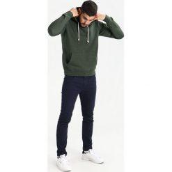 Bluzy męskie: Pier One Bluza z kapturem khaki