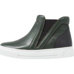 Pieces PSEBBA SHOE Ankle boot scarabeus. Zielone botki damskie skórzane marki Pieces. Za 459,00 zł.
