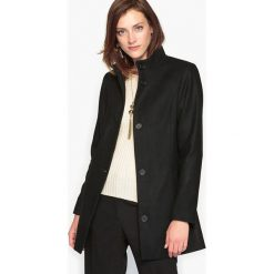 Płaszcze damskie pastelowe: Krótki płaszcz, kołnierz w stylu oficerskim 57 % wełny