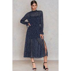 Sukienki hiszpanki: Glamorous Sukienka w gwiazdki – Blue