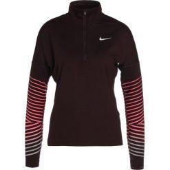 Nike Performance DRY FLASH Koszulka sportowa port wine/racer pink/silver. Czerwone topy sportowe damskie marki Nike Performance, l, z elastanu. W wyprzedaży za 194,25 zł.