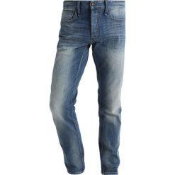 Denham RAZOR Jeansy Straight Leg blue denim. Niebieskie jeansy męskie regular Denham. W wyprzedaży za 440,30 zł.