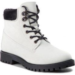 Trapery GUESS - FLTMR3 LEA10  WHIGO. Białe buty zimowe damskie Guess, z materiału. Za 719,00 zł.