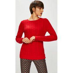 Medicine - Sweter Basic. Czerwone swetry klasyczne damskie MEDICINE, l, z bawełny, z okrągłym kołnierzem. W wyprzedaży za 71,90 zł.