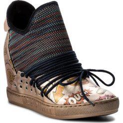 Sneakersy damskie: Sneakersy CARINII – B4019 K15-J26-K24-B88