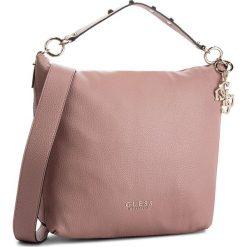 Torebka GUESS - HWVG70 97020 RWO. Czerwone torebki klasyczne damskie marki Guess, z aplikacjami, ze skóry ekologicznej. Za 629,00 zł.