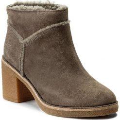 Botki UGG - W Kasen 1018644 W/Mse. Brązowe buty zimowe damskie Ugg, ze skóry, na obcasie. W wyprzedaży za 519,00 zł.