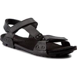Sandały NIK - 06-0229-00-01 Czarny. Czarne sandały męskie skórzane Nik. W wyprzedaży za 159,00 zł.