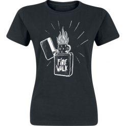 Life Is Strange Firewalk Koszulka damska czarny. Czarne bluzki z odkrytymi ramionami Life Is Strange, s, z nadrukiem, z okrągłym kołnierzem. Za 74,90 zł.