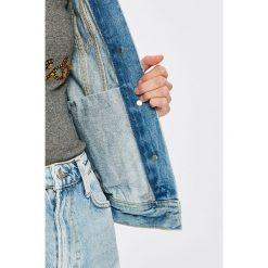 Pepe Jeans - Kurtka. Szare kurtki damskie jeansowe Pepe Jeans, l. W wyprzedaży za 399,90 zł.