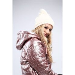 Kremowa czapka damska na zimę C10. Białe czapki damskie Fasardi, na zimę. Za 39,00 zł.