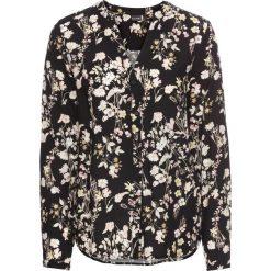 Bluzka z nadrukiem dookoła bonprix czarny w kwiaty. Czarne bluzki asymetryczne bonprix, w kwiaty, eleganckie, z dekoltem w serek. Za 49,99 zł.