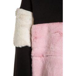 Sisley Bluza multicolor. Czarne bluzy chłopięce Sisley, z bawełny. W wyprzedaży za 135,20 zł.