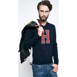 Tommy Hilfiger - Sweter Matthew. Czarne swetry klasyczne męskie TOMMY HILFIGER, l, z dzianiny, z okrągłym kołnierzem. W wyprzedaży za 359,90 zł.