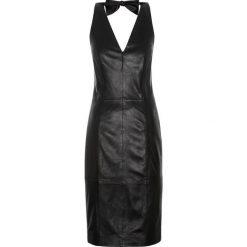 Sukienki balowe: Sukienka damska